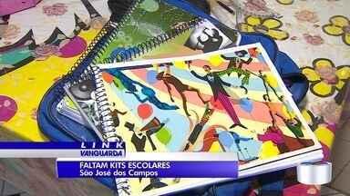 Alunos da rede estadual não receberam os kits escolares - Pais estão se esforçando para que os filhos consigam acompanhar as aulas.