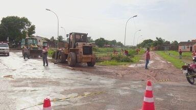 Começa o mutirão de limpeza no canal do Beirol, em Macapá, deve durar 40 dias - Começa o mutirão de limpeza no canal do Beirol, em Macapá, deve durar 40 dias.