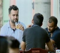 Mercado de bares registra crescimento em Divinópolis - Fim de semana é período de maior trabalho para empresários do setor.