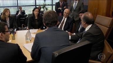 STF dá prazo de um mês para aprovação do acordo de ajuda ao Rio - O Supremo Tribunal Federal deu um mês para o governo do Rio e a União conseguirem no Congresso a aprovação para o socorro financeiro que o estado tanto precisa.
