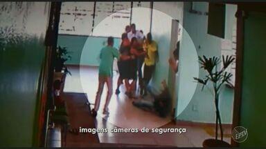 Mãe e filho agridem vice-diretora em escola estadual de Campinas - A discussão, que terminou em socos, chutes e empurrões, foi nesta quarta (14) e gerou indignação nas redes sociais.