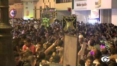 Jaraguá Folia anima foliões nesta sexta-feira (17) - Evento contará com apresentações de 100 blocos até o fim dos festejos.