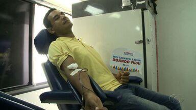 Hemoal realiza coleta de sangue para abastecer estoque para o Carnaval - Ação está sendo realizada nesta sexta-feira (17), na porta da TV Gazeta.