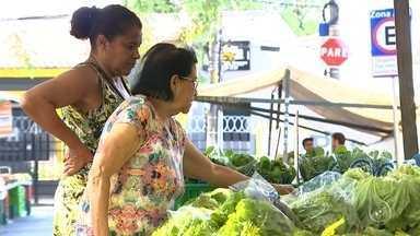 Hortaliças sofrem aumento nos preços em Sorocaba - Para quem costuma ir às compras em busca de legumes, frutas e verduras, o preço de algumas hortaliças tem assustado os consumidores nos últimos dias.