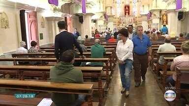 Fieis católicos celebram Quarta-feira de Cinzas; veja programação em BH - Data é marcada por conversão, silêncio e oração.
