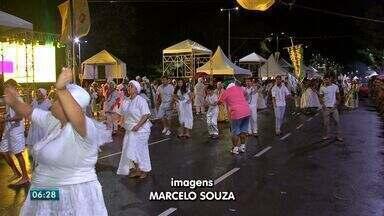 Desfile dos blocos em Cuiabá foi na Orla do Porto - Desfile dos blocos em Cuiabá foi na Orla do Porto.