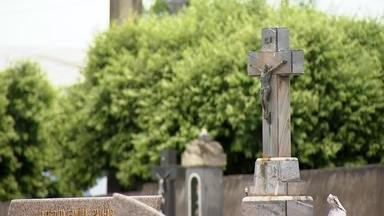 As almas penadas do cemitério de Urupês - Um casal bem inusitado foi enterrado em Urupês e eles são literalmente almas penadas! Não entendeu? Então confira na matéria:
