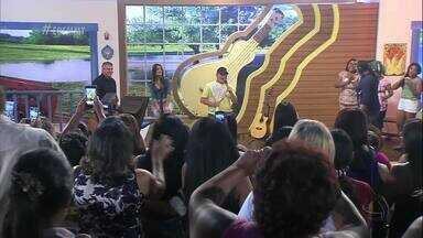 """Amado Batista canta """"Princesa"""" em homenagem às mulheres - Bloco 03 - Amado Batista canta """"Princesa"""" em homenagem às mulheres - Bloco 03"""