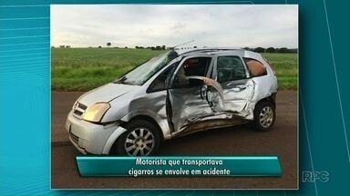 Motorista que transportava cigarros se envolve em acidente - Acidente foi entre Iporã e Francisco Alves. Motorista está internado em estado grave em um hospital em Umuarama.