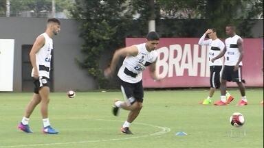 Com Renato de volta, Santos prepara o time para clássico contra o Corinthians - Com Renato de volta, Santos prepara o time para clássico contra o Corinthians