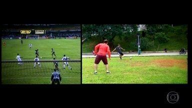 Torcedores do Corinthians recriam gol de Ricardinho, contra o Santos, em 2001 - Torcedores do Corinthians recriam gol de Ricardinho, contra o Santos, em 2001
