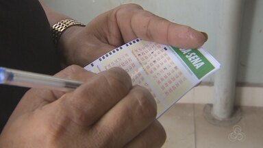 Sorteio da Mega-Sena faz amapaenses enfrentarem longas filas nas lotéricas - Sorteio será neste sábado (4).
