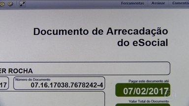 INSS e eSocial não se comunicam e empregados ficam sem benefícios - Em janeiro, JN mostrou que domésticos não conseguiam auxílio-doença. Programa eSocial registra somente o nome do empregador.