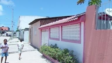 Construída por mulheres, Vila das Pedreiras é exemplo de superação - Elas devem ganhar título de posse das casas até o fim do ano.