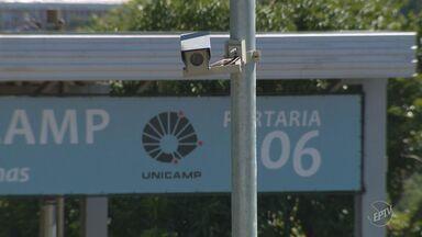 Central de Monitoramento de Campinas passa a fiscalizar portarias da Unicamp - O objetivo da parceria é que a Guarda Municipal passe a auxiliar em casos de flagrantes de veículos ligados a crimes.