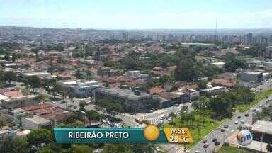 Confira a previsão do tempo para esta terça-feira (21) na região de Ribeirão - Com a chegada do outono, cidade deve registrar menor temperatura do ano, 16°C, por volta das 7h.