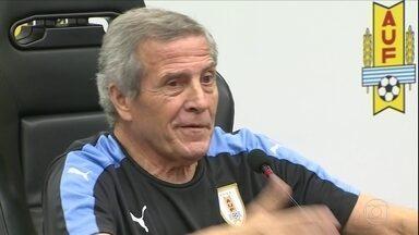 Técnico do Uruguai, Tabaréz diz que será jogo histórico ante o Brasil pelas Eliminatórias - Técnico do Uruguai, Tabaréz diz que será jogo histórico ante o Brasil pelas Eliminatórias