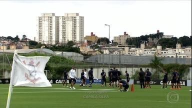 Enquanto Seleção treina no CT do Corinthians, Timão se prepara para pegar o RB Brasil - Enquanto Seleção treina no CT do Corinthians, Timão se prepara para pegar o RB Brasil