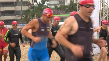 Tradição no esporte brasileiro, Sesc Triatlo agita o litoral paranaense - No domingo (19), Matinhos recebeu a primeira etapa do circuito nacional de triatlo, Centenas de atletas tiveram que encarar a forte chuva para brilhar nadando, pedalando e correndo