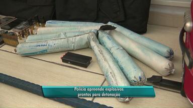 Bananas de dinamite são apreendidas - Artefatos estavam prontos para detonação em Foz do Iguaçu.