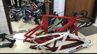 Bicicletas roubadas foram apreendidas pela polícia em Bayeux - Foram mais de 25 bicicletas apreendidas.