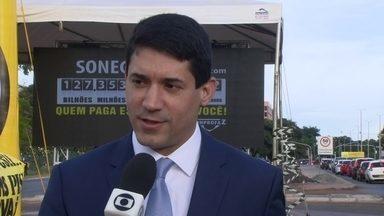Sonegômetro está de volta à Brasília - O sonegômetro está marcando R$ 127 bilhões em três meses. A campanha de educação fiscal tem o objetivo de mostrar para a população a importância do combate à sonegação.