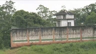 Ao menos nove presos fogem do presídio regional de Joinville - Ao menos nove presos fogem do presídio regional de Joinville