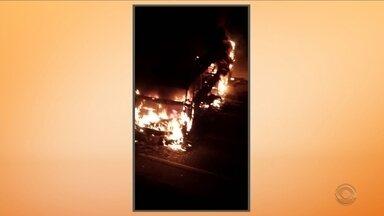 Giro de notícias: bandidos explodem dois bancos numa única noite no Vale do Itajaí - Giro de notícias: bandidos explodem dois bancos numa única noite no Vale do Itajaí