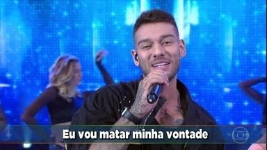 Confira a nova musica de Lucas Lucco - O cantor apresenta 'Fé no Pai'