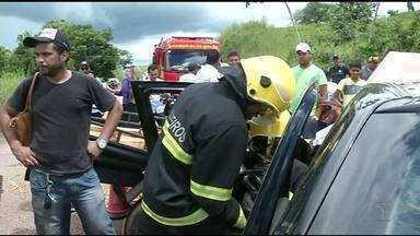 Mulher morre e três pessoas ficam feridas em acidente no norte do Tocantins - Mulher morre e três pessoas ficam feridas em acidente no norte do Tocantins