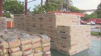Donativos são enviados para Calçoene e Bailique - Regiões estão em estado de emergência após chuvas e fenômeno 'terras caídas'.