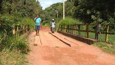 Falta de estrutura em pontes dos bairros de Santarém causa transtornos à moradores - O grande fluxo de veículos dividindo passagem com pedestres é uma das causas da deterioração das pontes.