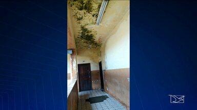 Estudantes decidem parar aulas por falta de estrutura em escola em São Luís - Alunos afirmam que a estrutura da escola é ineficiente e que a situação se agravou no período das chuvas.