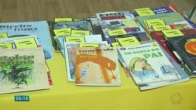Projeto de leitura que começou na Espanha é destaque em Campo Grande - O projeto é uma forma divertida de conseguir um livro sem gastar dinheiro.