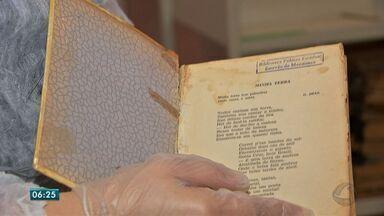 Livros raros passam por processo de restauração na biblioteca Estêvão de Mendonça - Livros raros passam por processo de restauração na biblioteca Estêvão de Mendonça.