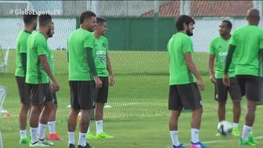 Com poucos desfalques, Coritiba faz últimos ajustes para encarar o Cascavel - Vantagem é boa, no primeiro jogo das quartas do Paranaense, o Coxa goleou de 5 a 0 a Serpente e decide em casa agora