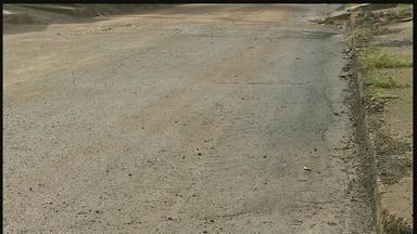 Prefeitura cumpre prazo e asfalta rua Vitória dos Palmares, em Porto Velho - Problema foi exibido no telejornal.