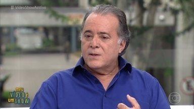 Tony Ramos revisita carreira no 'Meu Vídeo é Um Show' - Ator estreou na TV Globo em 1977, na novela 'Espelho Mágico'. Ele se emociona ao rever imagens de seu parceiro Jardel Filho, que faleceu durante a novela 'Sol de Verão'. Tony também promete muitas risadas na nova série 'Vade Retro'