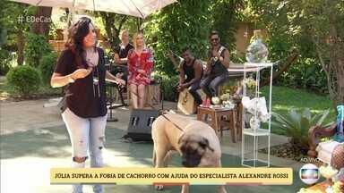 Alexandre Rossi ensina como lidar com medo de cachorros - Veja como a Julia superou seus medos