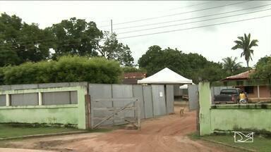 Justiça de Santa Inês decide fechar bar onde mulher foi morta - Mãe da adolescente, que segundo testemunhas, segurou a vítima no momento do crime, está presa e a adolescente está em São Luís.