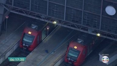 Falha de energia impede circulação de trens da CPTM na linha 8-Diamante - Problema acontece entre as estações Julio Prestes e Imperatriz Leopoldina. A CPTM acionou a operação Paese.