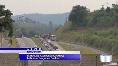 Feriado amplia movimento as estradas da região - Manhã foi de lentidão na Dutra e Fernão.