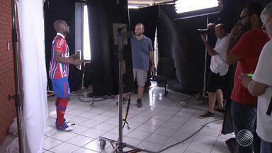 Torcedores do Bahia tem dia de artista antes de treinio - Na ocasião, foi produzido conteúdo do clube para o 'Media Day'.