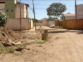 Blitz: Moradores de Montes Claros reclamam da falta de infraestrutura - A poeira é um dos principais problemas.