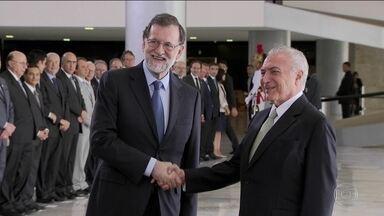 No Planalto, Temer e primeiro-ministro da Espanha assinam atos de cooperação - O presidente Michel Temer recebeu, no Palácio do Planalto, o primeiro-ministro da Espanha, Mariano Rajoy.