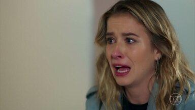 Bárbara se desespera ao saber que Manuela está em perigo - Tânia e Joana encontram Bárbara no hospital