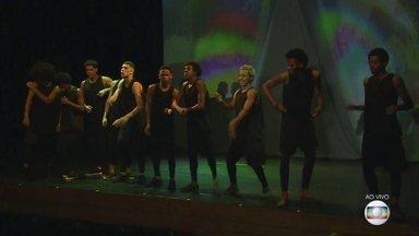 Espetáculo de dança apresenta ginga do passo carioca no Recife - Caixa Cultural, no Bairro do Recife, recebe o espetáculo 'Favela Digital'.