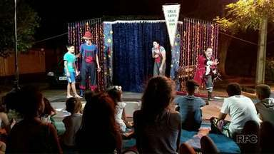 Grupo de teatro faz apresentação gratuita em Maringá - A peça será apresentada no Jardim Ebenezer a partir das 20h.