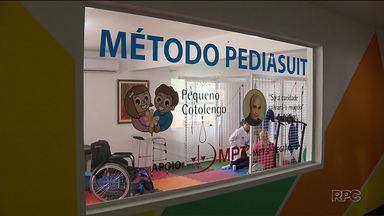 Chega a Curitiba novo equipamento que vai ajudar pacientes com problemas motores - O PediaSuit chegou ao Pequeno Cotolengo e deve ajudar quase 60 pacientes.