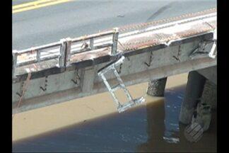 Corpo de vítima de acidente na ponte de Mosqueiro é velado - Corpo de vítima de acidente na ponte de Mosqueiro é velado